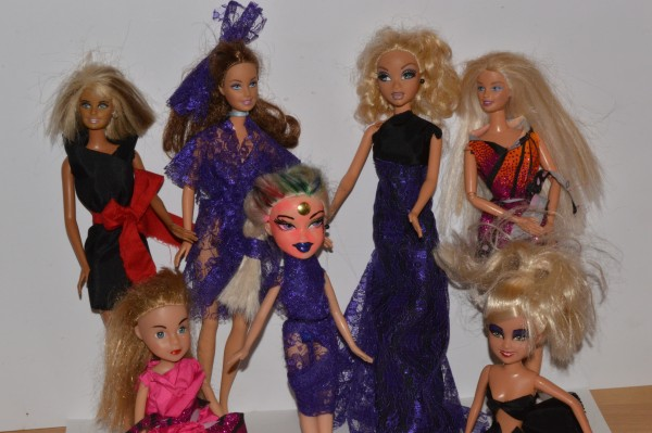 Bratz and Barbies, as outfitted by Museums at Night